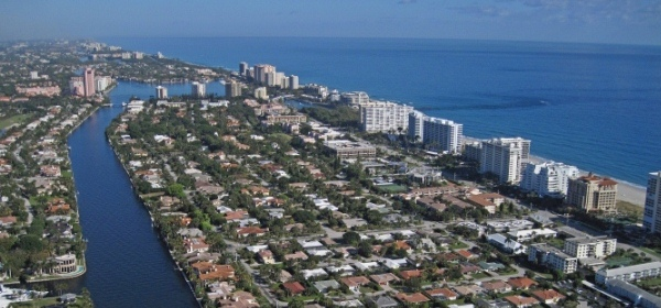 boca raton fl aerial shot, great neighborhood between Intracoastal and A1A